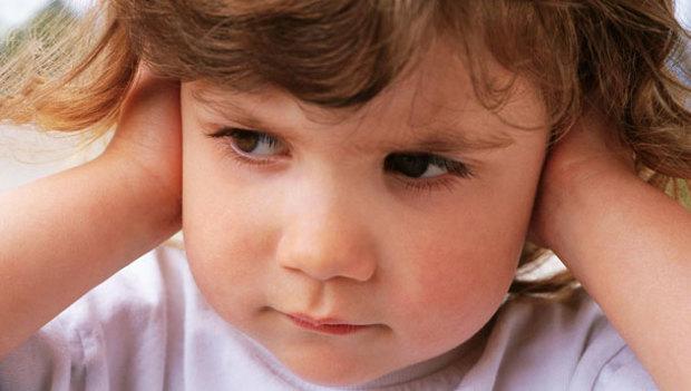 Kekeleyen çocuğa nasıl davranmalı?