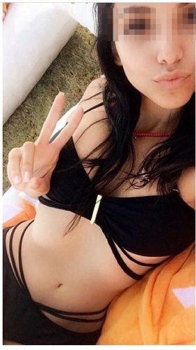 Yabancı Bayan Kösem